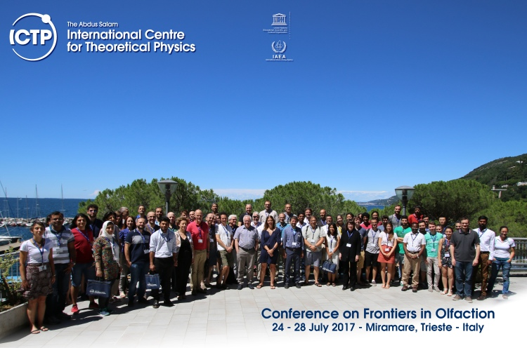 Group_Photo_ICTP_Frontiers_2017.jpg