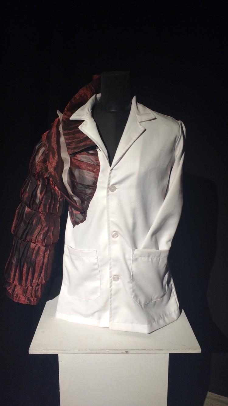 Lab coat(1)